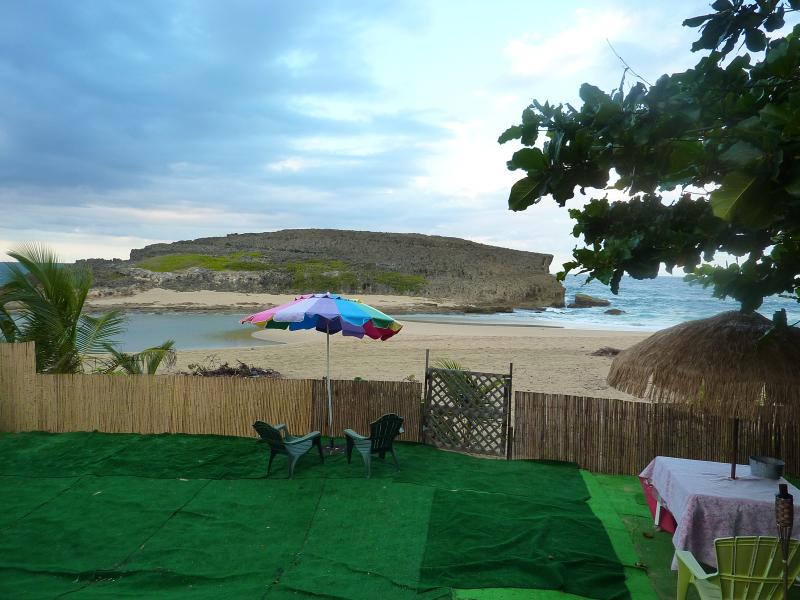 Oceanfront Home, holiday rental in Arecibo