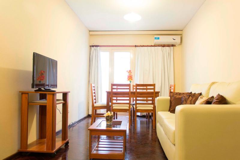 Hermoso departamento en el corazón de la ciudad, holiday rental in Villa Nueva