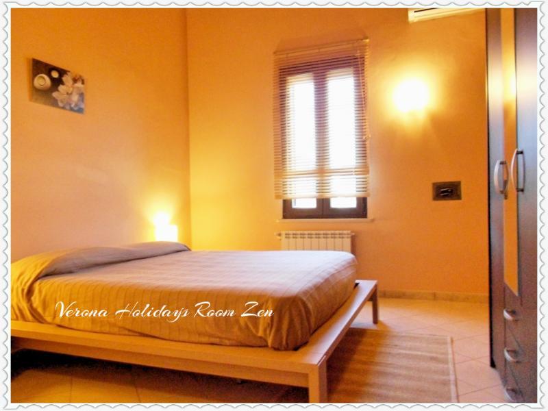 Arena Holidays Zen apartment room