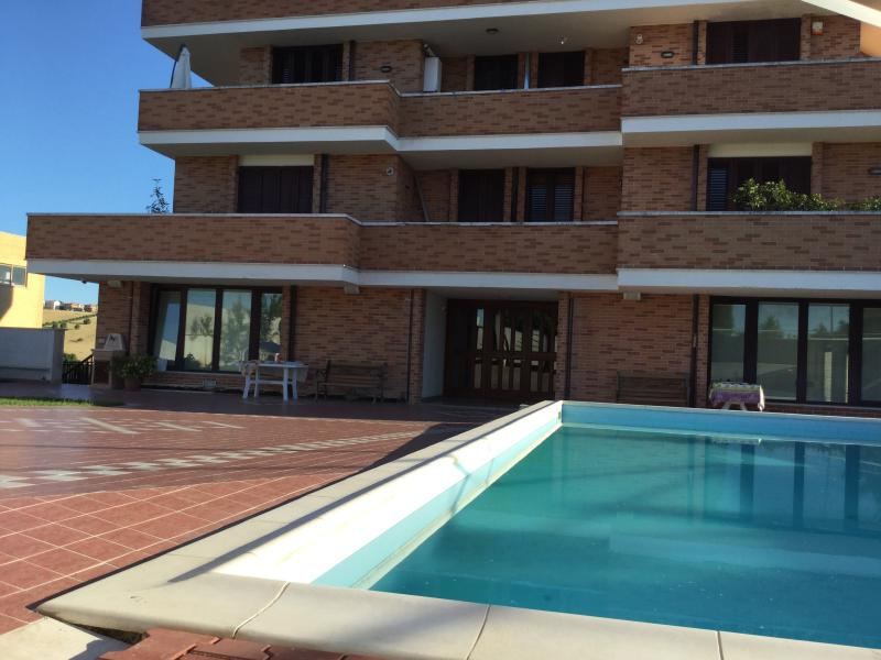 Villa Alba, holiday rental in Fermo