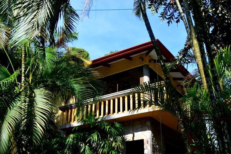 Deluxe Apt in Jungle Villa w Pool!, alquiler de vacaciones en Parque Nacional Manuel Antonio