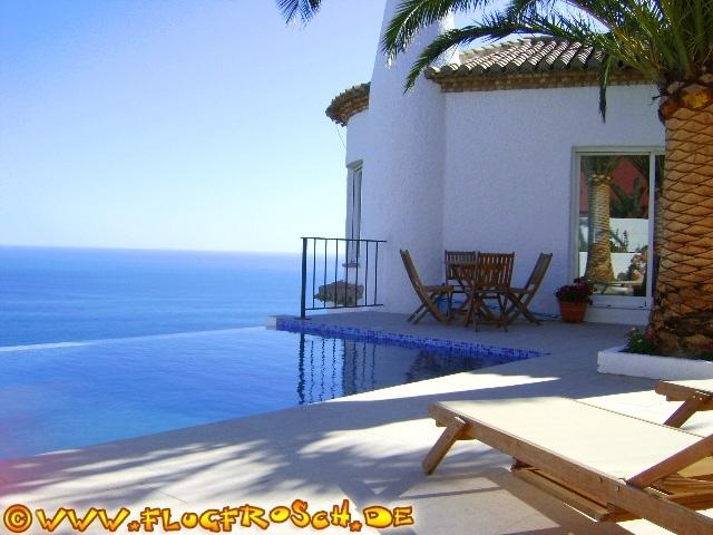 Villa El Refugio with private infinity pool
