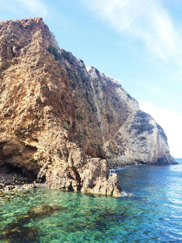 Scorpion Anchorage provides the perfect spot for snorkeling at Santa Cruz Island.