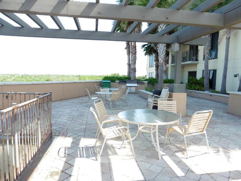 Picnic area with BBQ grills on the 4th floor
