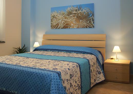 Appartamento Madrepora sul mare di Riposto, alquiler vacacional en Riposto