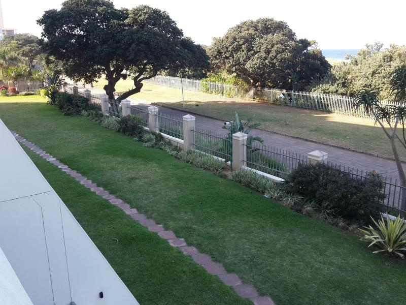 Landscaping and promenade