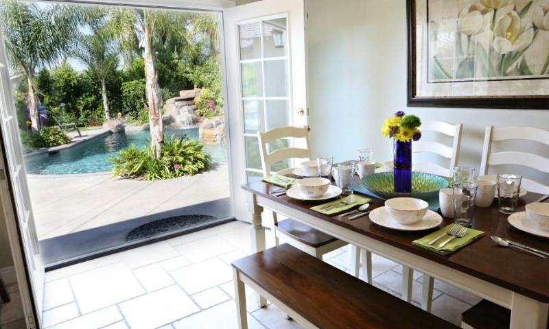 Dining Room and Backyard