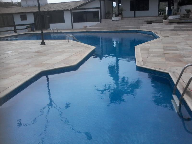Condo avec piscine