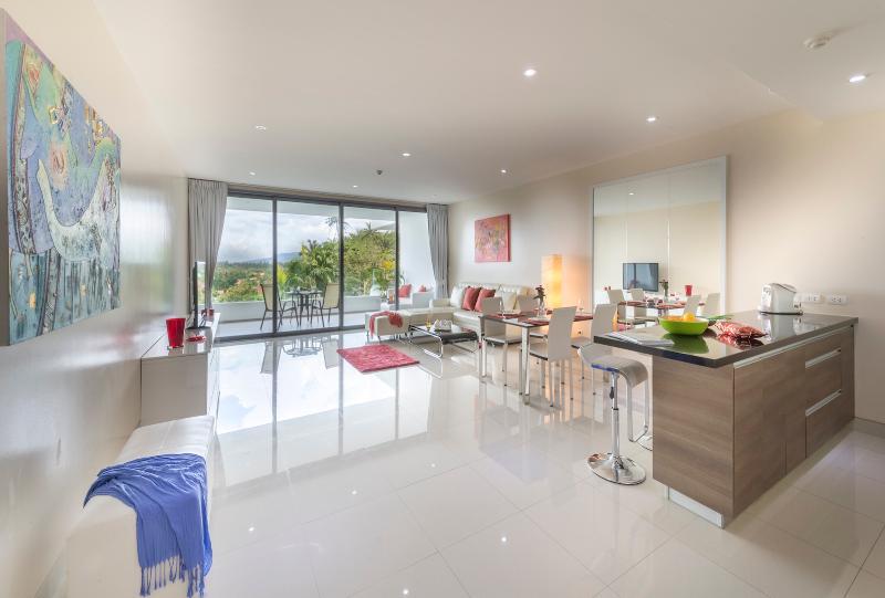 Kochen in der Küche oder in einem Wohnraum in unserer Wohnung zu mieten in Phuket zu knüpfen.