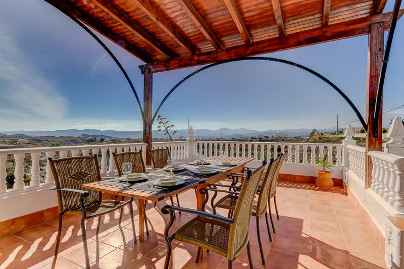 Villa Damara - Luxe appartement Granada (1-5 pers), holiday rental in Arboleas