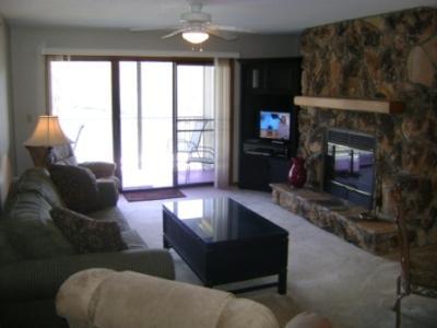 Lazy Days D-7 Living Room