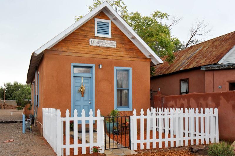 Casita de Padre, Old Town, vacation rental in Los Ranchos de Albuquerque