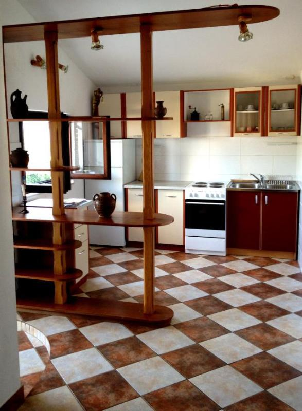 A2(4+1): kitchen and dining room