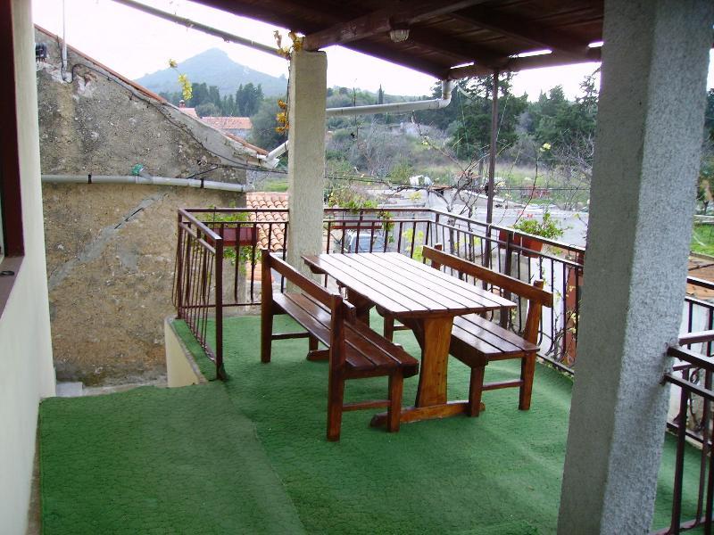 A1 (5): terrazza coperta