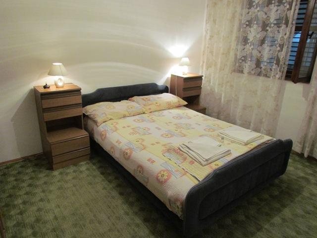 C(4+3): bedroom