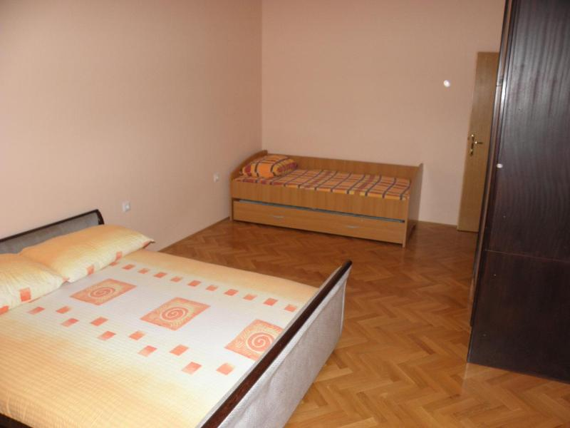 A3 (5 + 3): Schlafzimmer