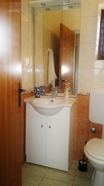 A2 (5 + 1): bagno con wc