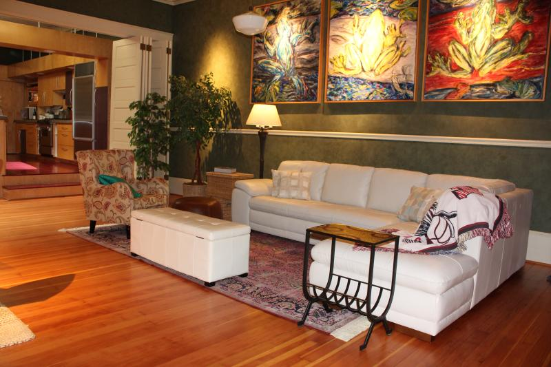 New York style loft in Downtown Salem Oregon, vacation rental in Dallas