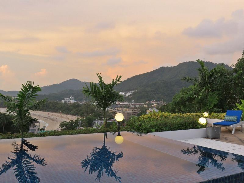 Breathtaking Ocean, Beach, And Mountain Views From Rooftop Terrace