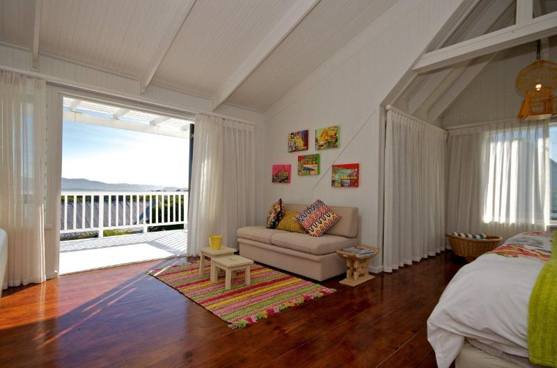 The Masterbedroom with the most beautifull view over the Knysna Lagoon!