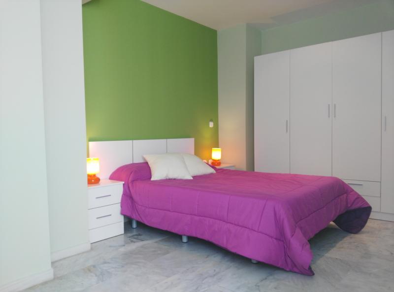 Moderno apartamento con WIFI 4, vacation rental in Viznar