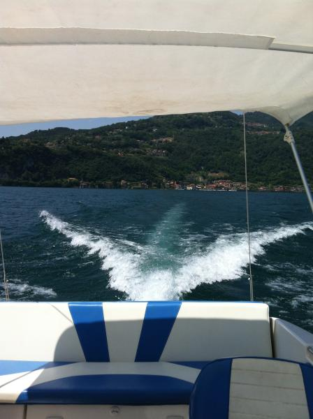 You can also rent a boat in Menaggio. In our information folder you can read more about it.