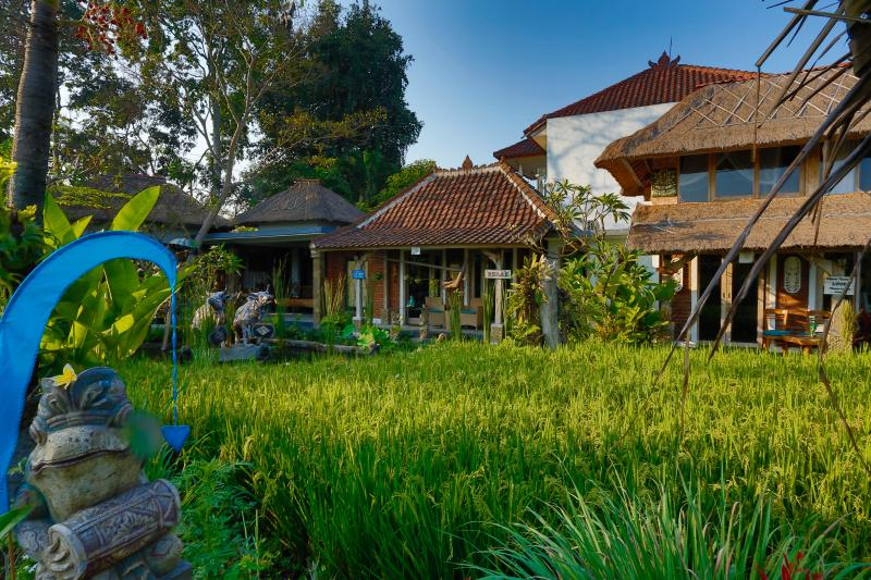 KTS.Villa,Day Spa and Organic Restaurant surrounded by green view of Rice terrace.