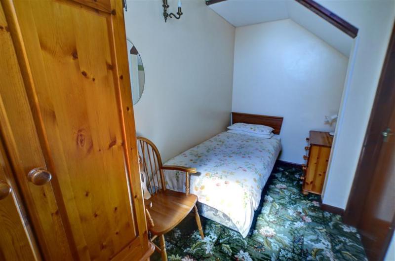 El tercer dormitorio tiene una cama sinlge