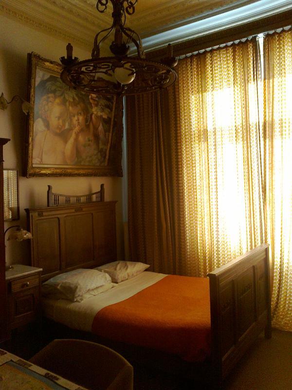 Chambre-Nr. 1. beleuchteten et 'Anges'