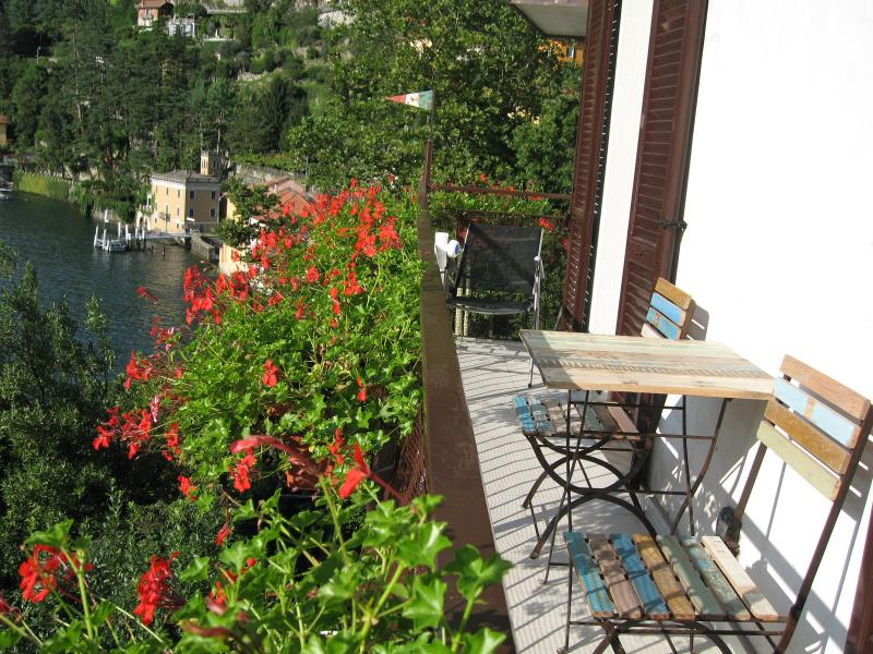 Casa Alicia - wonderful lake view, alquiler vacacional en Nesso