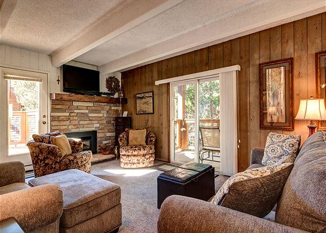 Columbine Living Area Breckenridge Lodging Vacation Rentals
