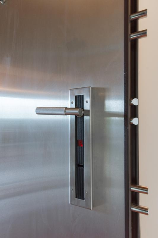 The access door, electronically controlled, give you the best security