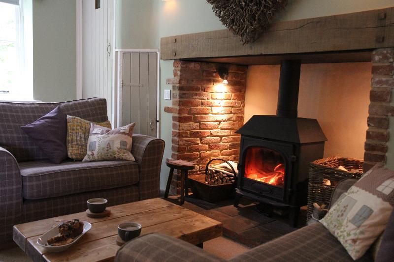 Button Cottage, Norfolk Retreat, casa vacanza a North Elmham