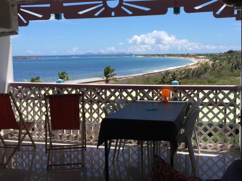 L'appartamento la terrazza con vista di Orient Bay