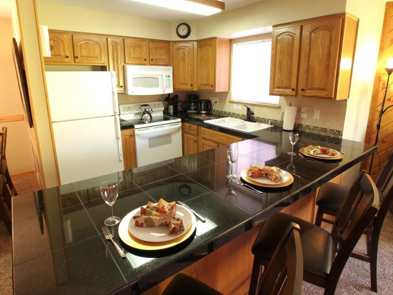 Keuken en ontbijt bar