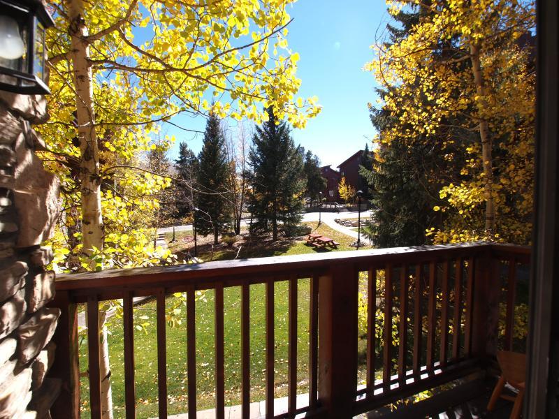 Uitzicht vanaf balkon van de woonkamer