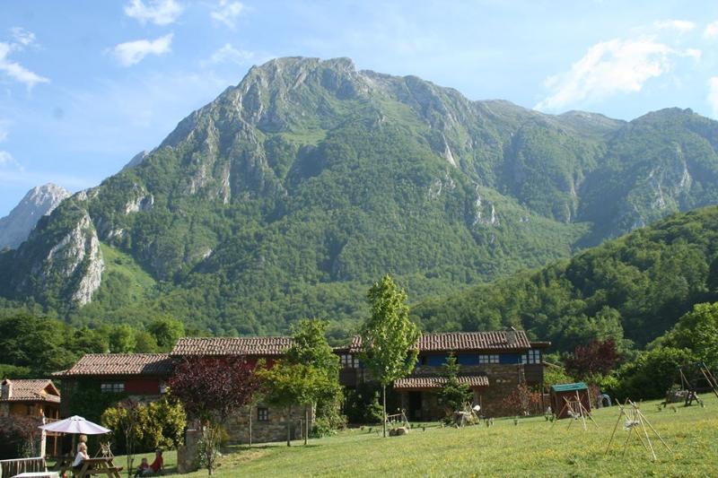 Valle de Bueida, casas rurales
