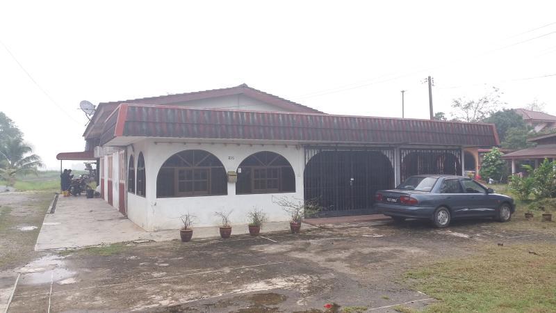 UPMAS HOMESTAY, holiday rental in Arau