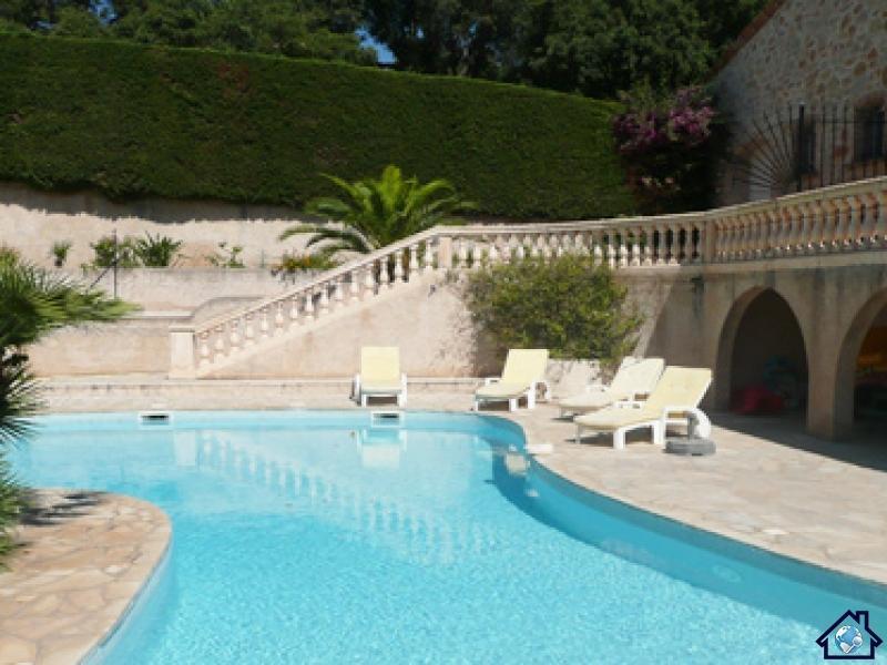 33496 villa-apartment, 2 bedrms,private pool 13 x 7, garden 4000m2, beach 1.5 km, location de vacances à Sainte-Maxime