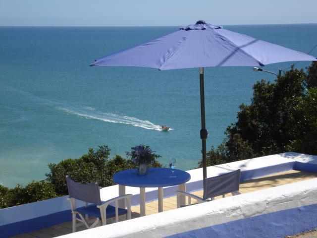 Vakantie huisje, op de rotsen, direct aan zee!, holiday rental in Benagil