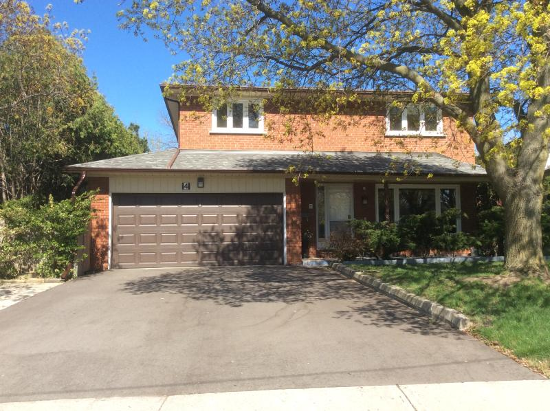 Toronto 4 Bedroom House Spacious Clean Beautiful Private Convenient Location, vakantiewoning in Markham