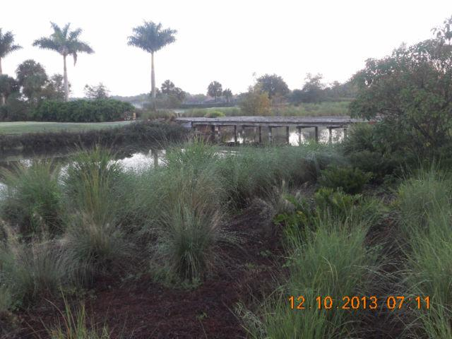 Naples Florida Heritage Bay Country Club Has Parking And