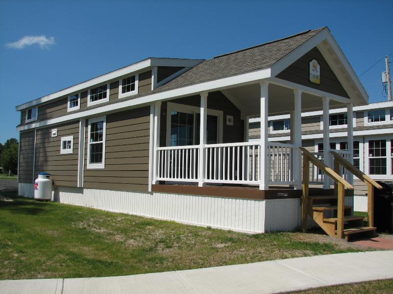 Brand new Cottages with spectacular views of the St Lawrence River