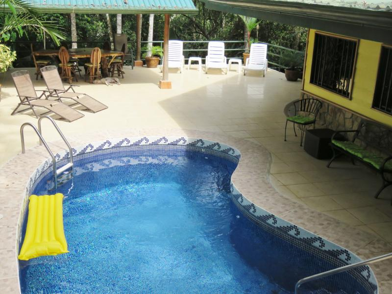Pool, Rancho, large table, lounge chairs