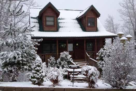 Snow View Front Exterior of Tree Top Lodge