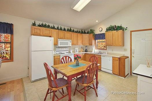 Kitchen and Dining Area at Mountain Manor