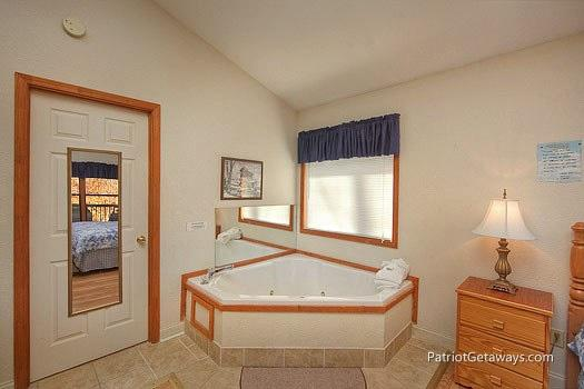 Jacuzzi Tub at Mountain Manor