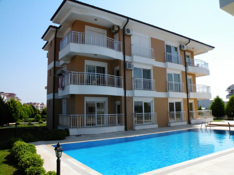 Antalya belek sama golf apart 1 first floor - pool view - close to center, holiday rental in Tasagil