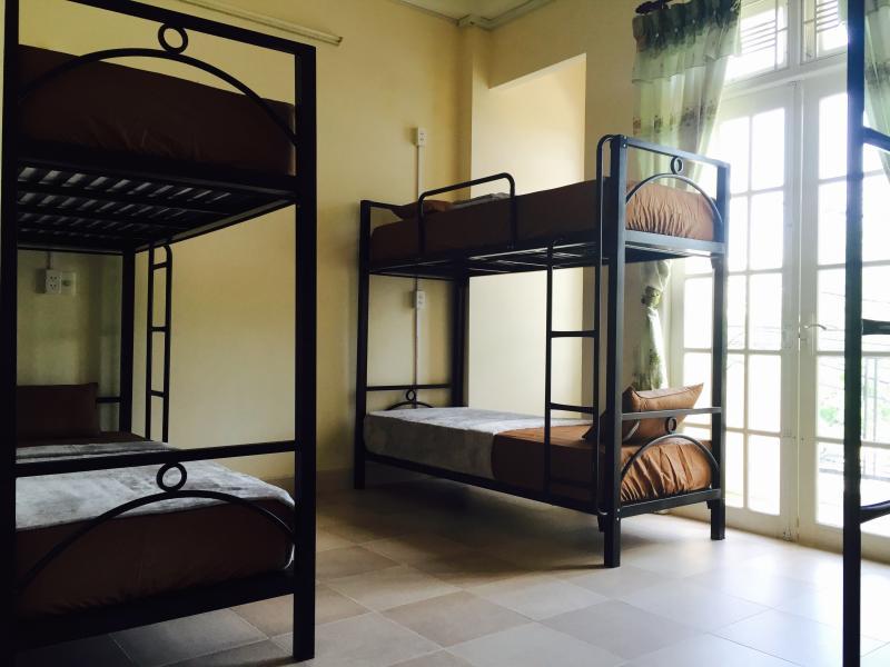 Cama de beliche @ as 6-cama-dormitório