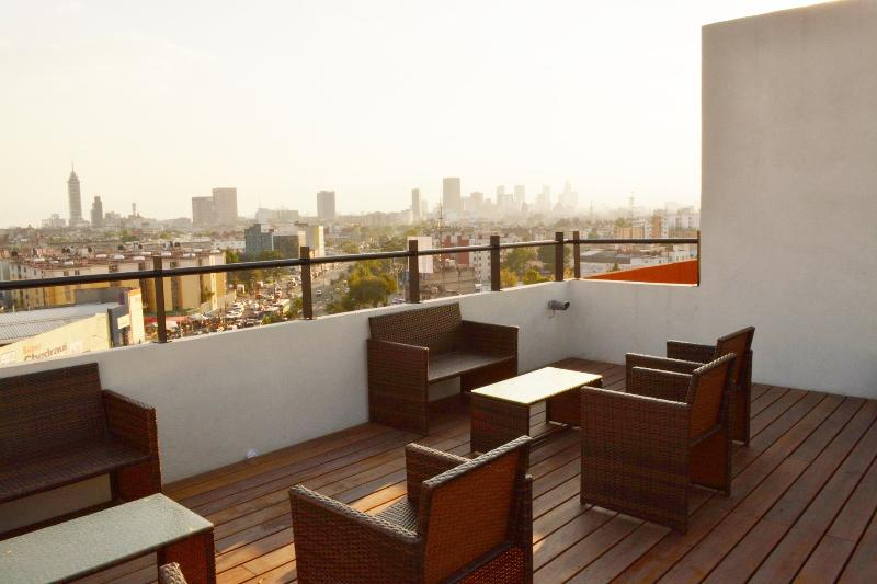 Nice apartment in Reforma, 2 Bedrooms, Good Value, vacation rental in Mexico City